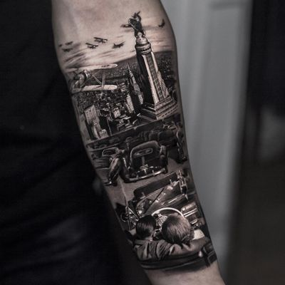 Tattoo by Inal Bersekov #InalBersekov #realismtattoos #hyperrealismtattoos #realism #hyperrealism #realistic #blackandgrey #cityscape #newyork #50s #airplane #car #vintage