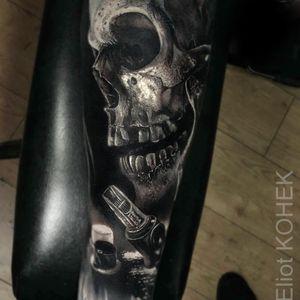 Tattoo by Eliot Kohek #EliotKohek #realismtattoos #hyperrealismtattoos #realism #hyperrealism #realistic #blackandgrey #skull #death #tattoo #tattooneedle #tattooink