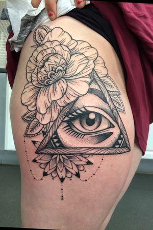 All seeing #eye, #patternwork #flower #peony