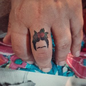 #handpoke #stickandpoke #fridakahlo