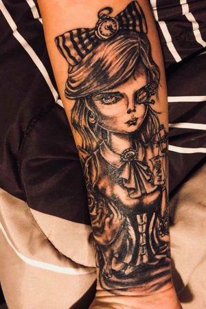 The start of a sleeve of the dark side of Alice in Wonderland. #blackandgrey #blackandgreytattoo #sleeve #sleevetattoo #girlswithtattoos #girlswithink #houstontattooartit #aliceinwonderland #AliceinWonderlandtattoo #ericsquires #ericsquirestattoos