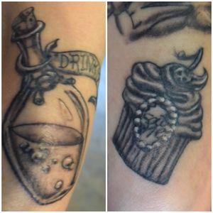 Drink me, Eat me #tattoo #tattooartist #sleeve #aliceinwonderland #AliceinWonderlandtattoo #tattooedwomen #ink #inked #inkedgirl #inkedgirls #houstontattooartist #conroetattooartist #houston #conroe #ericsquires #ericsquirestattoos #cupcake #potion