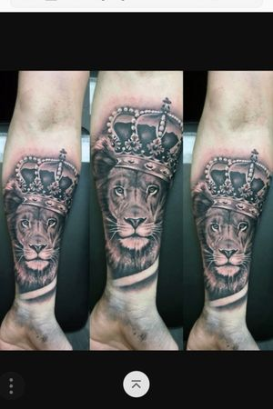 Lion and crown.