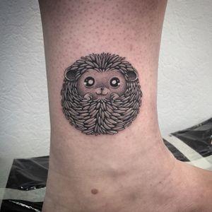 Hedgehog tattoo by Fanny #Fanny #photooftheday #hedgehog #hedgehogtattoo #babyhedgehog #babyhedgehogtatto #herisson #herissontattoo #bebeherisson #dot #dots #stipple #stippletattoo #petitspoints #blackandwhitetattoo #lespetitspointsdefanny #tattoolausanne