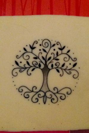 🌸Tree of life🌸 #tete #treeoflife #treeoflifetattoo #tattoos #learning #apprentice #tattooapprentice #tattooapprentist #spain