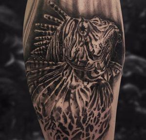 #kwadroncartridges #inkjecta #silverbackink #ink #inkstagram #hannover #braunschweig #blackandgreyrealism #realism #realistic #Lionfish #lionfishtattoo