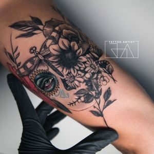 """""""..in the memory of the living."""" #mexican #mexicantattoo #dayofthedead #diadelosmuertos #catrina #graphic #Black #color #joaantountattoos #tattooartist #lebanesetattooartist"""