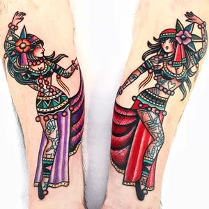 Tattoo by Dani Queipo #DaniQueipo #pinuptattoos #pinup #lady #babe #girl #traditional #color #gypsy