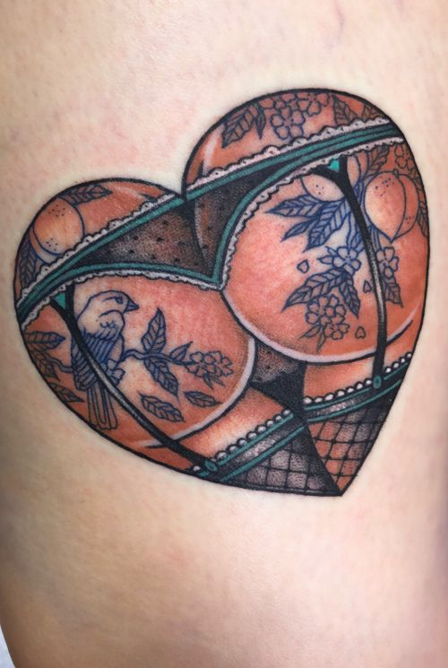 Japanese peach tattoos in little buttoo