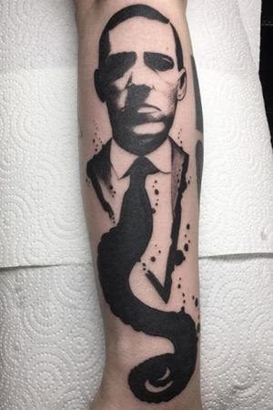 Hp Lovecraft.