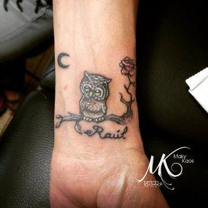 Little Owl, Little Rose, Little Moon and my Family -Muñeca #tatuaje #tattoo #buho #owl #animal #muñeca #buhotattoo #colortattoo #rose #rosetattoo #name #minitattoo #buhos #like4follow #owlsofinstagram #owltattoo #owllove #búhos #owls #tattooed #ink #tinta #inked #animaltattoo #animals #littleowl #instatattoo #owllovers #buholovers