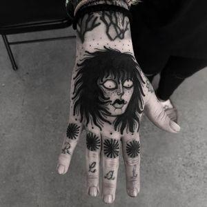 Tattoo by Laura Yahna #LauraYahna #blackwork #darkart #illustrative #ladyhead #lady #portrait #star #dotwork