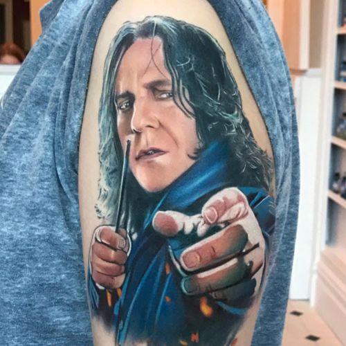 Tattoo by Steve Butcher #SteveButcher #FantasticBeasts #HarryPotter #JKRowling #HarryPottertattoos #Snape #realistic #realism #hyperrealism #ProfessorSnape #wand #wizard #magic #spell