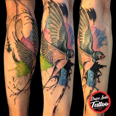 #tattooart #color #colorful #colortattoo #watercolor #swallow #swallowtattoo