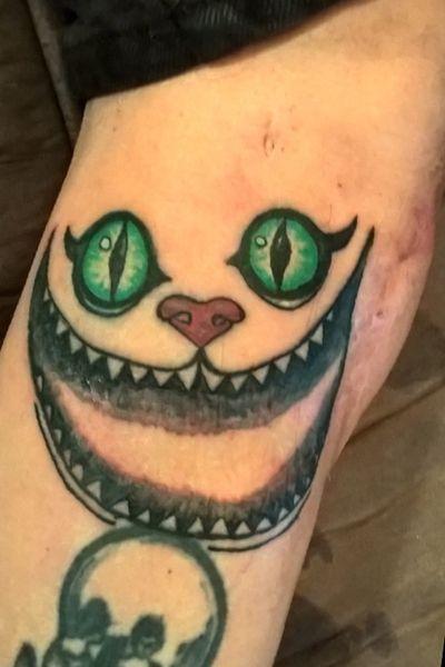 #cheshirecat #aliceinwonderland #scartattoo #beginner #TattoosByDan