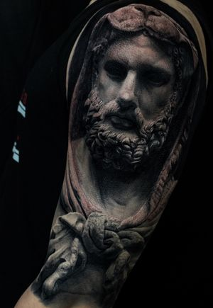 The refernce is realistic hercules statue,Halfsleeve on the apper arm