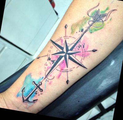 •Compass• . . . #tattoo #dynamicink #ink #inkedmag #instagood #tattoolife #tatuajes #compass #mandala #watercolor #blackwork #eyetattoo #rosa #tatuadoresvenezolanos #tatuadores #caracas #carynk
