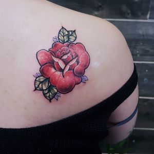 A piece i did during my apprenticeship. #rose #neotraditional #neotrad #artnouveuatattoos #floraltattoo #floral