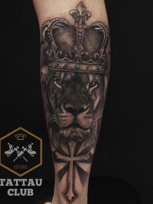 Black and gray realistic tattoo