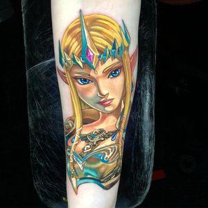 Tattoo by Alex Rattray #AlexRattray #SciFitattoos #scifi #sciencefiction #Zelda #color #magic #videogame #gamer #portrait #lady #ladyhead