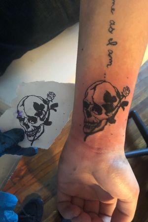 #skulltattoo #skull #flower #simple