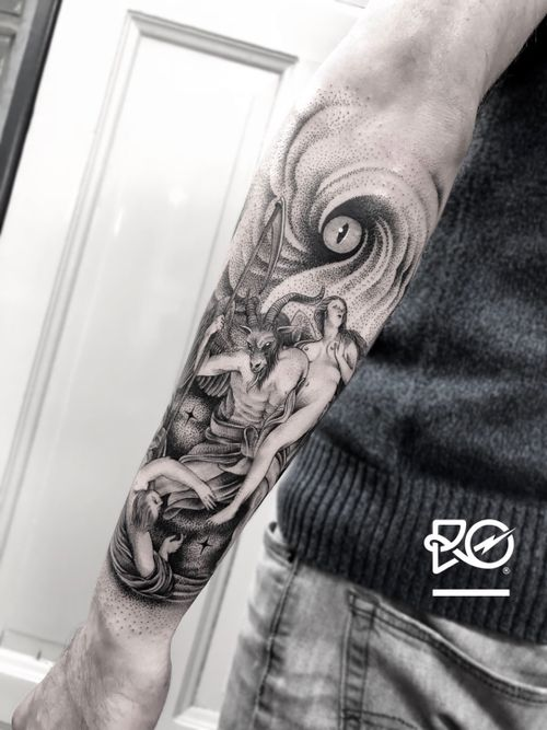 By RO. Robert Pavez • Apocalypse 2 • Done in studio ZOI TATTOO • Stockholm 🇸🇪 2018 #engraving #dotwork #etching #dot #linework #geometric #ro #blackwork #blackworktattoo #blackandgrey #black #tattoo #fineline
