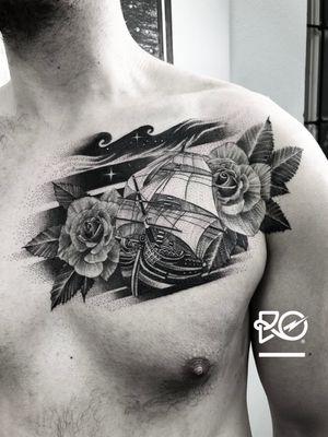 By RO. Robert Pavez • Sea of roses • Done in studio ZOI TATTOO • Stockholm 🇸🇪 2018 #engraving #dotwork #etching #dot #linework #geometric #ro #blackwork #blackworktattoo #blackandgrey #black #tattoo #fineline
