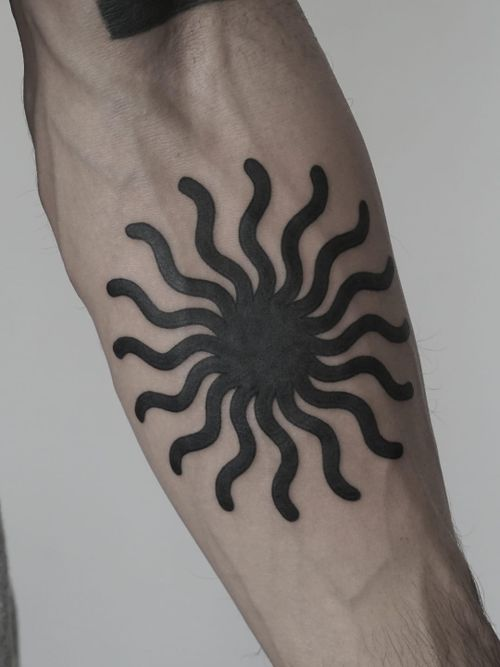 Tattoo by Nico Jacoby aka Nicobone #NicoJacoby #Nicobone #blackwork #linework #surreal #strange #graphicart #abstract