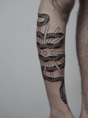 Tattoo by Nico Jacoby aka Nicobone #NicoJacoby #Nicobone #blackwork #linework #surreal #strange #graphicart #abstract #snake #reptile
