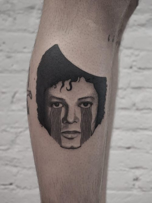 Tattoo by Nico Jacoby aka Nicobone #NicoJacoby #Nicobone #blackwork #linework #surreal #strange #graphicart #abstract #portrait #MichaelJackson #music