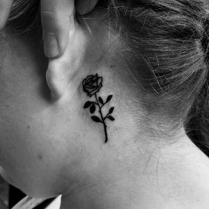 Rose Behind Ear Fusion Ink Workhorse cartridge needles