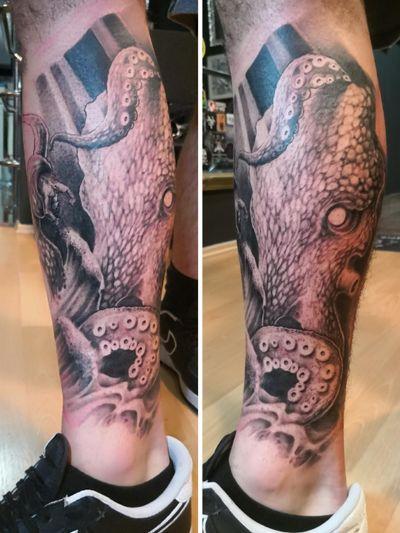 #kraken #krakentattoo #freehandtattoo #blackandgrey