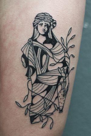 tattoo by Valentin Tatau #ValentinTatau #blackwork #sculpture #statue #greek #roman #portrait #plant #leaves #vase #illustrative