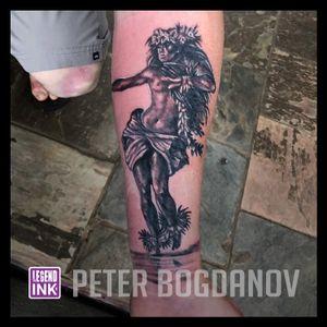 Hula Girl #peterbogdanov #bealegend #legendink legendink.com