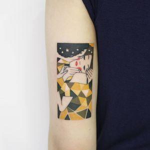 Tattoo by Polyc SJ #Polycsj #portraittattoos #portraittattoo #portrait #face #color #abstract #Mucha #thekiss #kiss #couple #fineart #stars #love