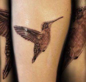 Thanks jessica #hummingbird #tattoos #girlswithtattoos #ink #inked #losangeles #artist