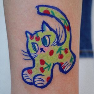 Tattoo by Danyeong Tattoo #DanyeongTattoo #cattattoos #cattattoo #kittytattoo #kitty #cat #petportrait #animal #nature #color #illustrative #cherrys #cute