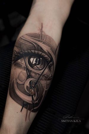 Tattoo by Art Legacy Tattoo Palace