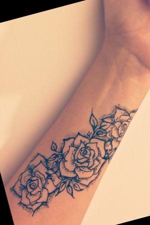 #rose #rosetattoo #instagram @raeesa.azx