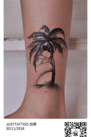 JUSTTATTOO  Wechat:Justtattoo02 Guangzhou Tattoo - #Justtattoo #GuangzhouTattoo #OriginalTattoo #TattooManuscript #TattooDesign #TattooFemaleTattooist #dotwork #dotworktattoo #cobweb #cobwebtattoo #spiderweb #spiderwebtattoo #coco #cocotattoo