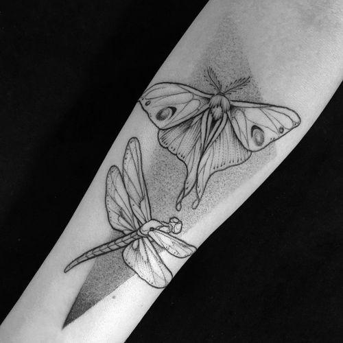 Tattoo by Eve Kirarte #EveKirarte #mothtattoos #mothtattoo #moth #butterfly #insect #nature #animal #dragonfly #dotwork #illustrative #blackwork