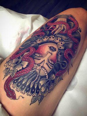 Brand new piece! 🖤❣️🖤❣️Thank you so much @juripiarulli 🙏🏻I would love to make more in this style 🥰#matermedusa #goddesstattoo #esoteric #motherofsnakes #newtraditional #medusatattoo #tattooedpeople #tattoodo #tattoolife #tattoodoambassador #claudiaducalia