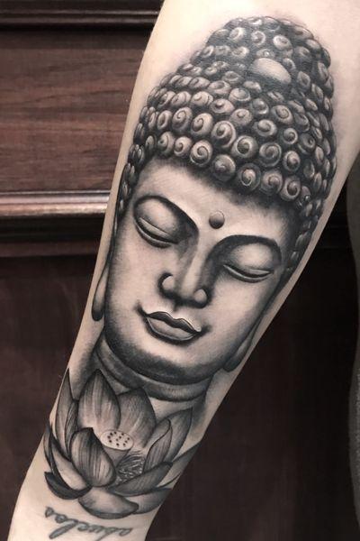 Buddha 🙏 more on instagram - reecheetattoo #buddha #buddhatattoo #thaibuddha #realistictattoo #realism #portrait #portraittattoo #portraitartist #realism #realismartist #londontattoo #london