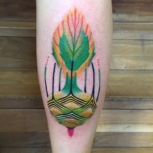 Tattoo by Giena Todryk aka taktoboli #GienaTodryk #taktoboli #abstracttattoos #abstracttattoo #abstract #shapes #surreal #strange #color #floral #plant