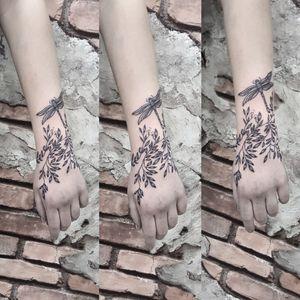 Line tattoo dragonfly tattoo