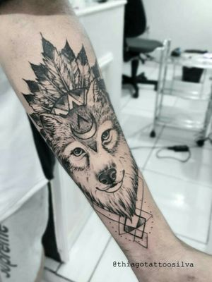 tattoolobo #lobo #sketch #blackwork #freehand # #tattoogeometrica #erotattoo #lobogeometrico #electricink #tattoes #artenapele #tattoo #tattoolife #tattooartistmagazine #tattoomundo #tattoodo #tattoo2me #tattooartist #tatuadorbrasileiro #inked #tattooart #bsb #brasilia #tattoobsb #thiagotattoo #ink #tattoolove #tattoobrasil