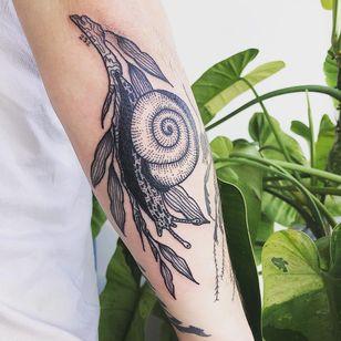 Tattoo by Jordyn Hilton #JordynHilton #snailtattoos #snailtattoo #snail #animal #nature #illustrative #leaves #plant #linework