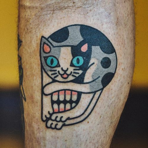 Tattoo by Woo Loves You #WooLovesYou #heowoohyun #skulltattoos #opticalillusion #mashup #death #cat #color #kitty