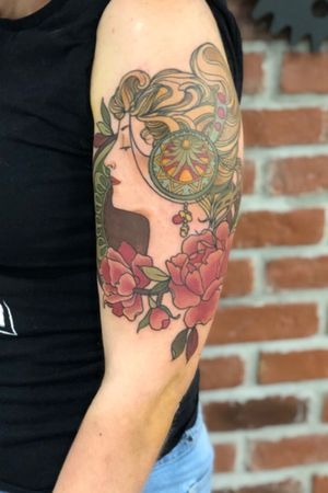 #mucha #muchatattoo #woman #floral #neotraditional