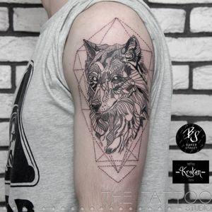 #grafic #tattoowolf #dotwork